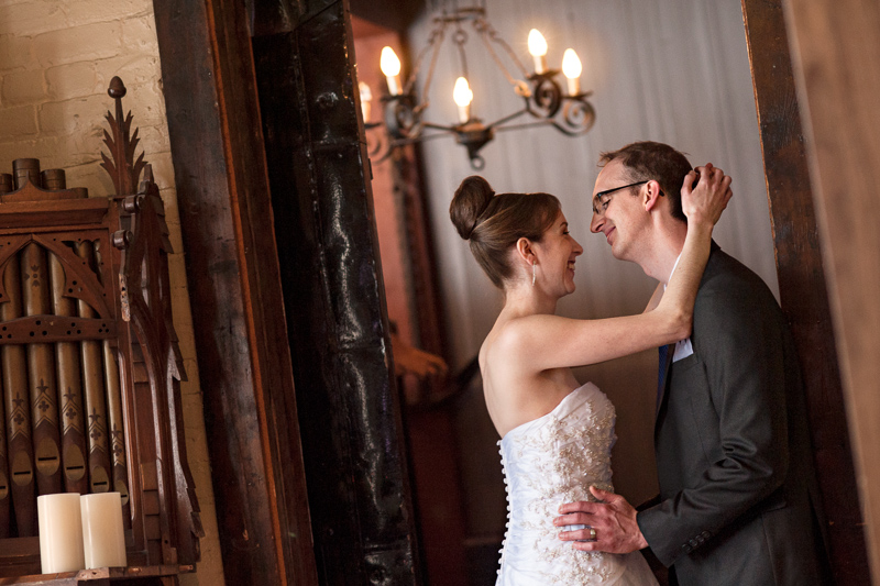 Auberge Saint-Gabriel wedding photo
