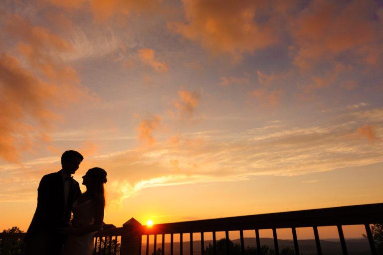 Un mariage chaleureux et festif au Domaine Tomali-Maniatyn