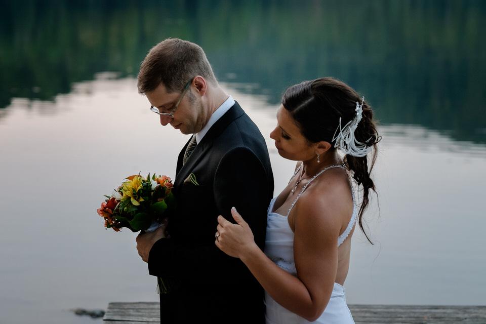 Twilight wedding photo at Lac Hertel