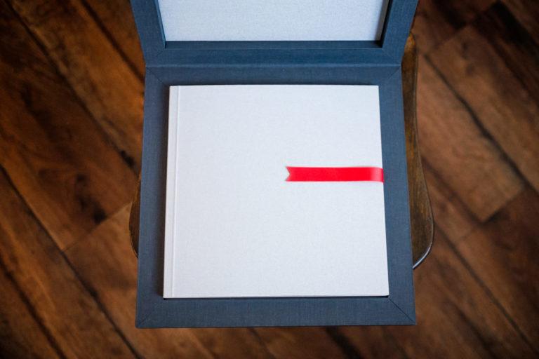 Modern wedding album in box – Minimalist style
