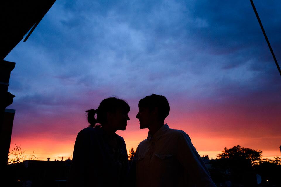 Sunset couple photo in Villeray, Montreal