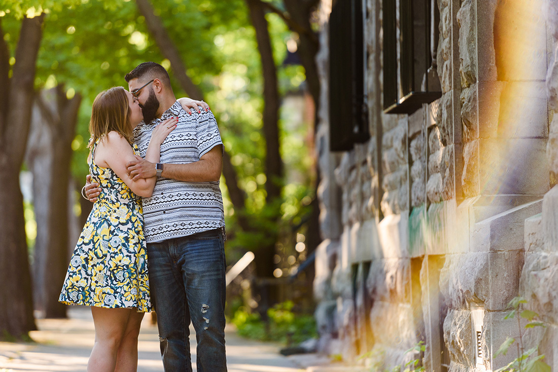 Summertime engagement photo in Plateau Mont-Royal