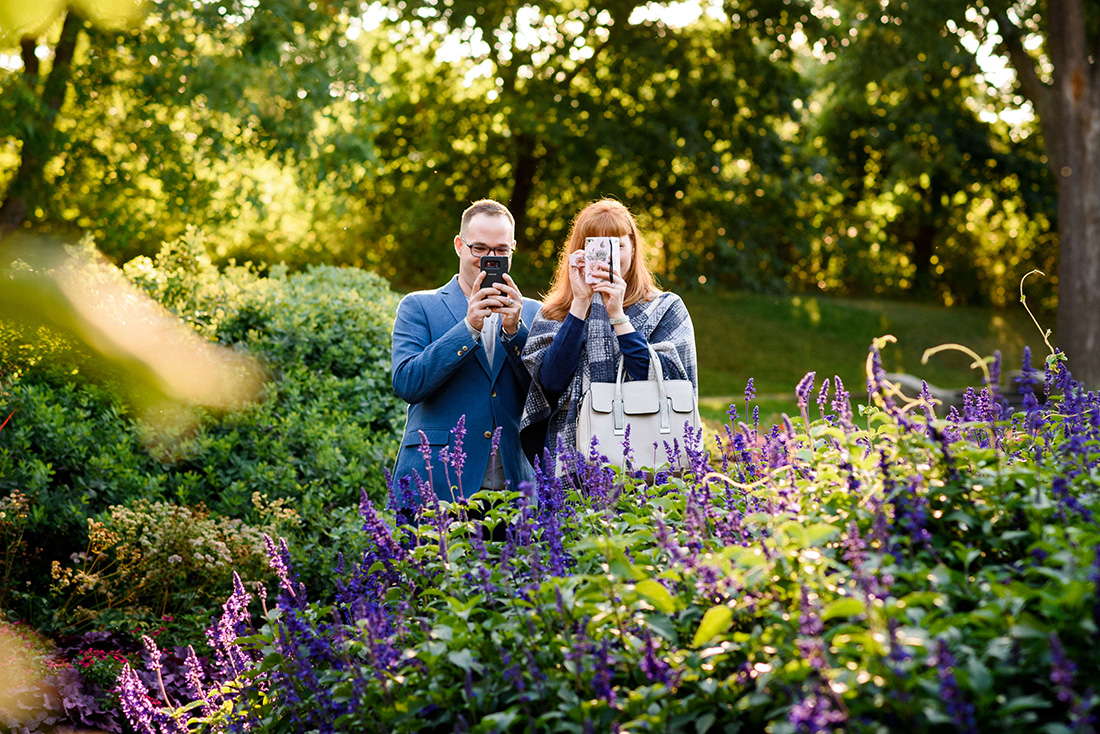 Engagement photo at the Montreal Botanical Gardens