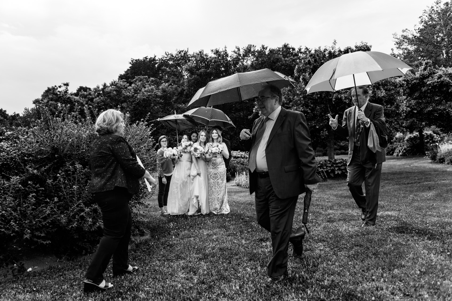 Waiting for the rainy wedding to begin - Auberge des Gallants, Quebec