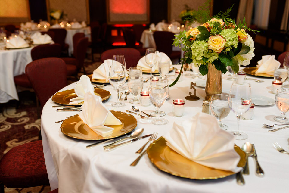 Intercontinental Montreal Wedding reception Wedding reception details 02