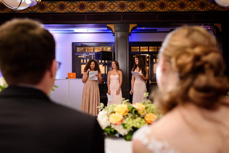 Bridesmaids giving speech at Intercontinental wedding 01