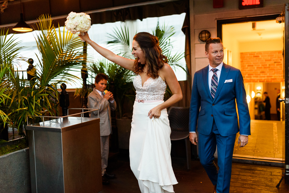 Bride and groom arriving at Terrasse Nelligan