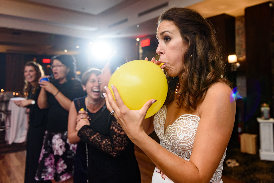 balloon challenge at wedding reception