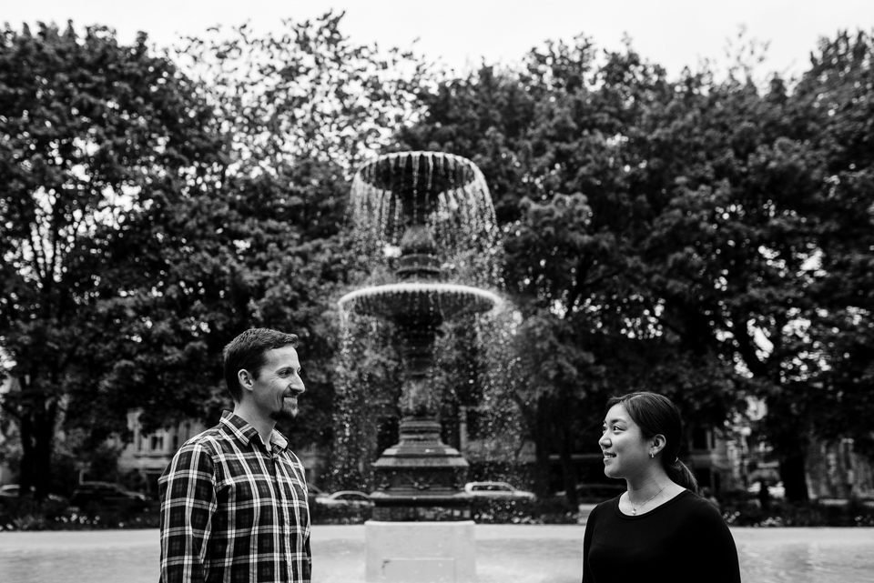 Engagement portraits at Carre Saint-Louis 02