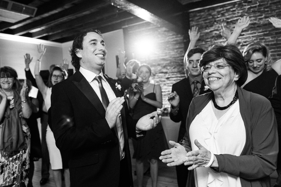 Everyone starts dancing as wedding couple arrives at Canvas Montreal 03