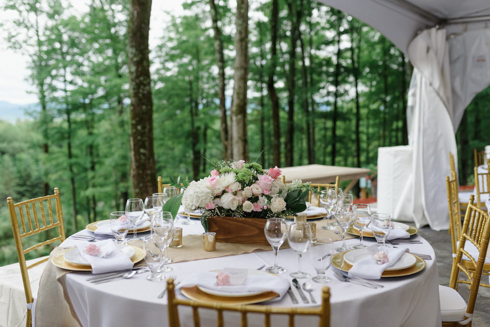 Rustic chic wedding table decorations